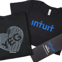 Product packaging and presentation cover photo includes a black custom t-shirt with a belly band