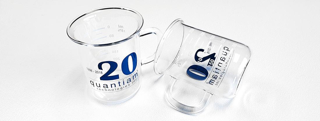 Quantiam Beaker-Shaped Glasses